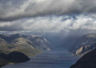 | Preikestolen | Norwegia |